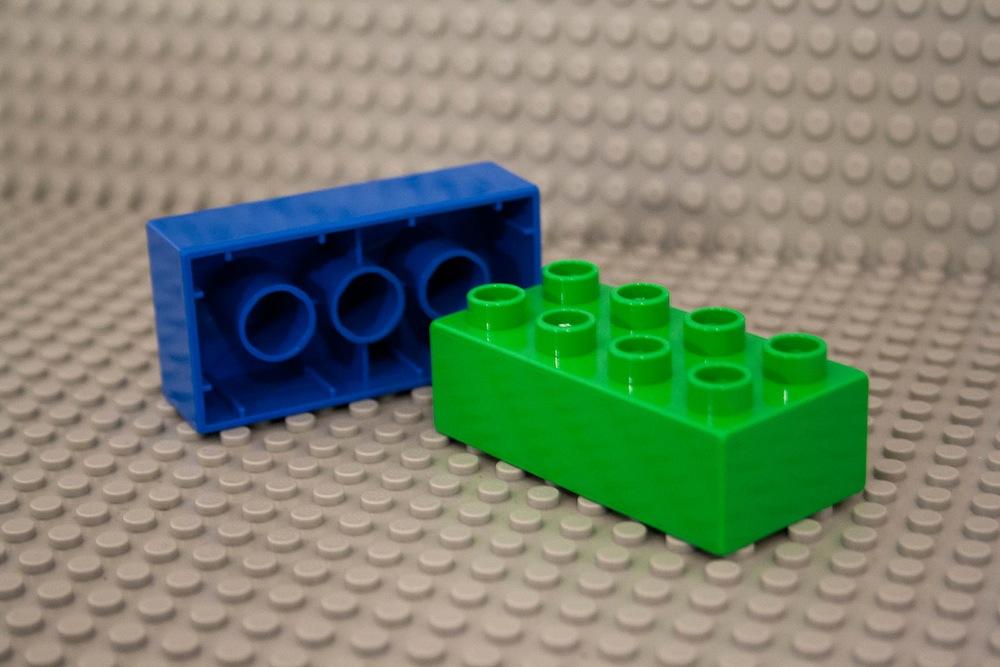 Die richtige zeit für den ersten lego stein babyrocks