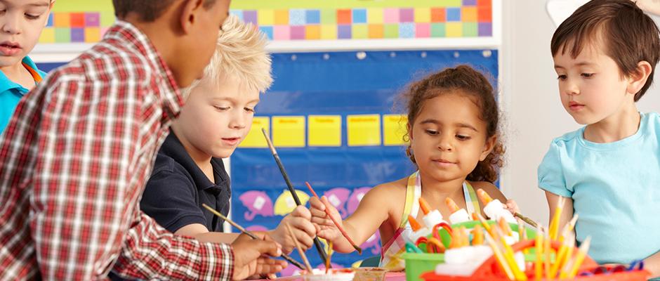 Mal- und Bastelspiele für Kinder