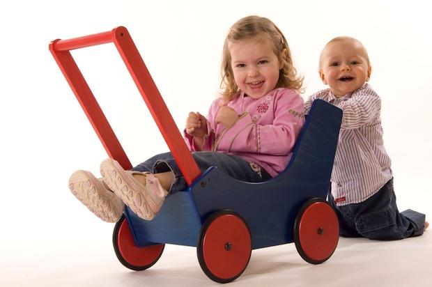 Holzspielzeug für dein Baby