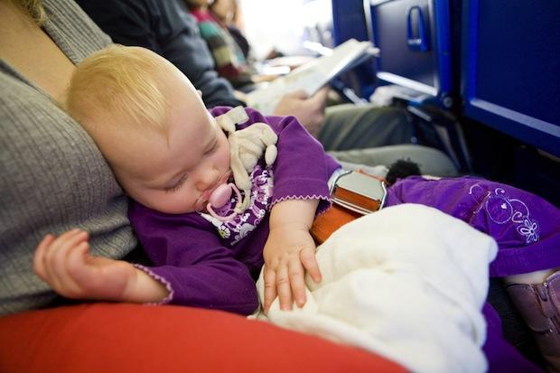 Fliegen mit dem Baby
