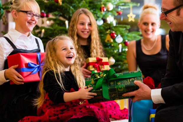 Die 7 schönsten Weihnachtsgedichte für Kinder   BabyRocks.de