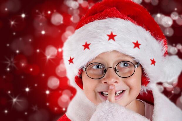 Weihnachtskarten vom Nachwuchs kommen an | © panthermedia.net / Jenny Sturm