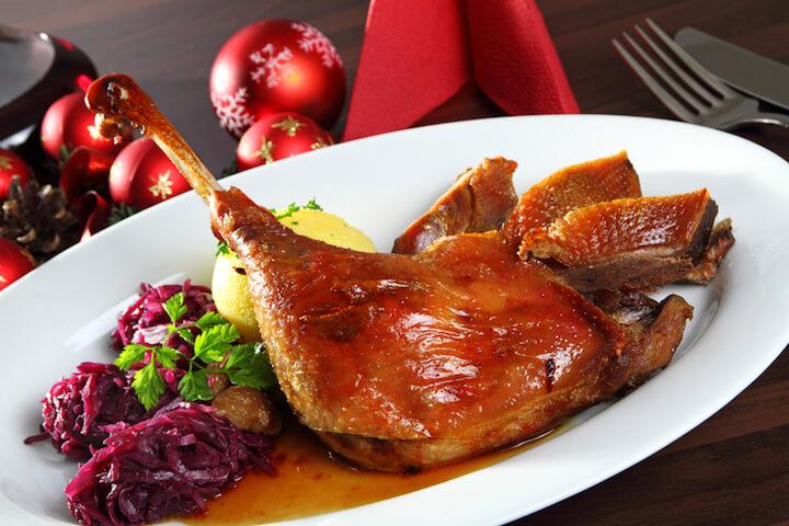 Traditionelles Festessen zu Weihnachten | © panthermedia.net / matthias fährmann