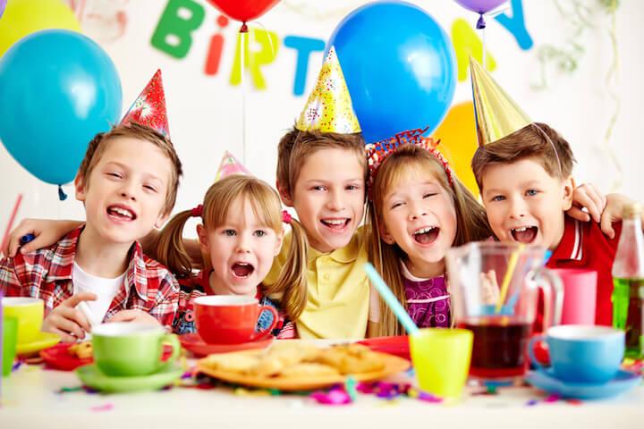 Einladung zum Kindergeburtstag | © panthermedia.net / pressmaster
