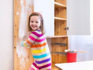 DIY Kindermöbel | © panthermedia.net /FamVeldman