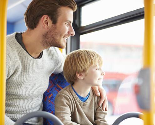Busreisen mit Kindern | © PantherMedia / Monkeybusiness Images