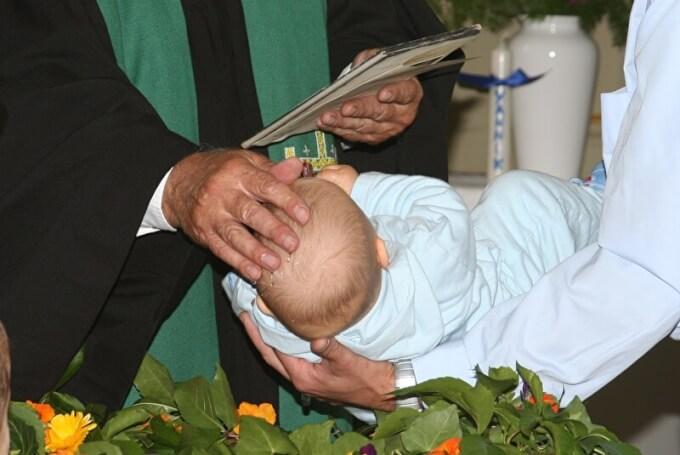 Details rund um die Taufe | © PantherMedia / Wolfgang Flöting