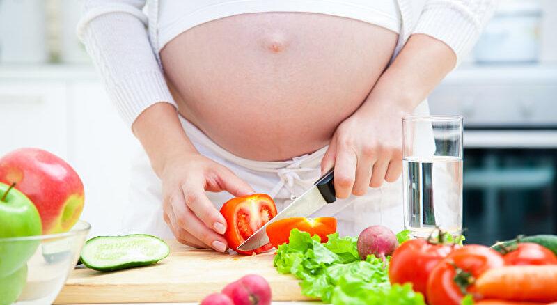 Gemüse während der Schwangerschaft | © panthermedia.net /yanlev
