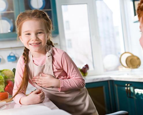 Kinder in der Küche | © PantherMedia / AllaSerebrina
